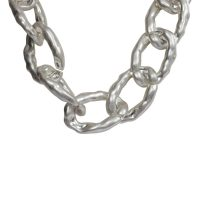 The Moshi –  Delilah Halsband Silver